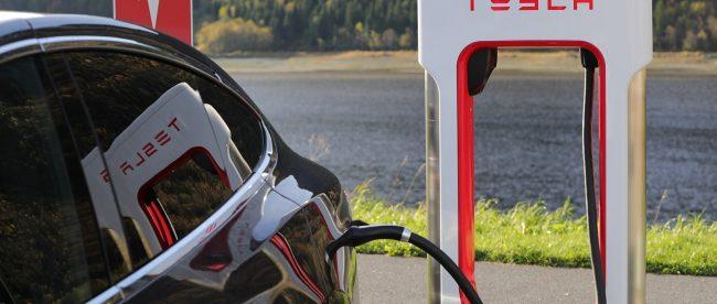 elektro auto kaufen tesla in deutschland